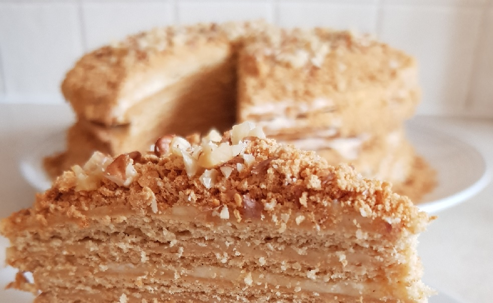 A taste of Russia - Honey cake